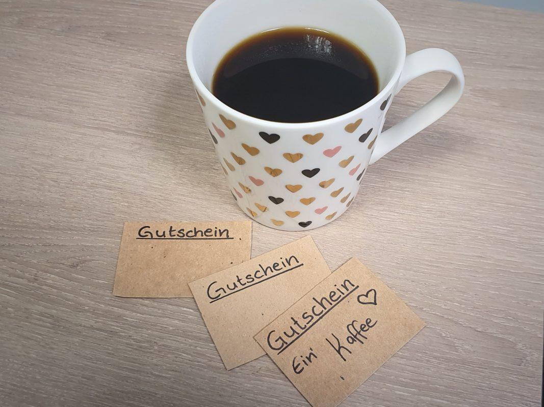 Kaffee an Bedürftige spendieren - eine gute Idee? Foto: Jessica Hänse