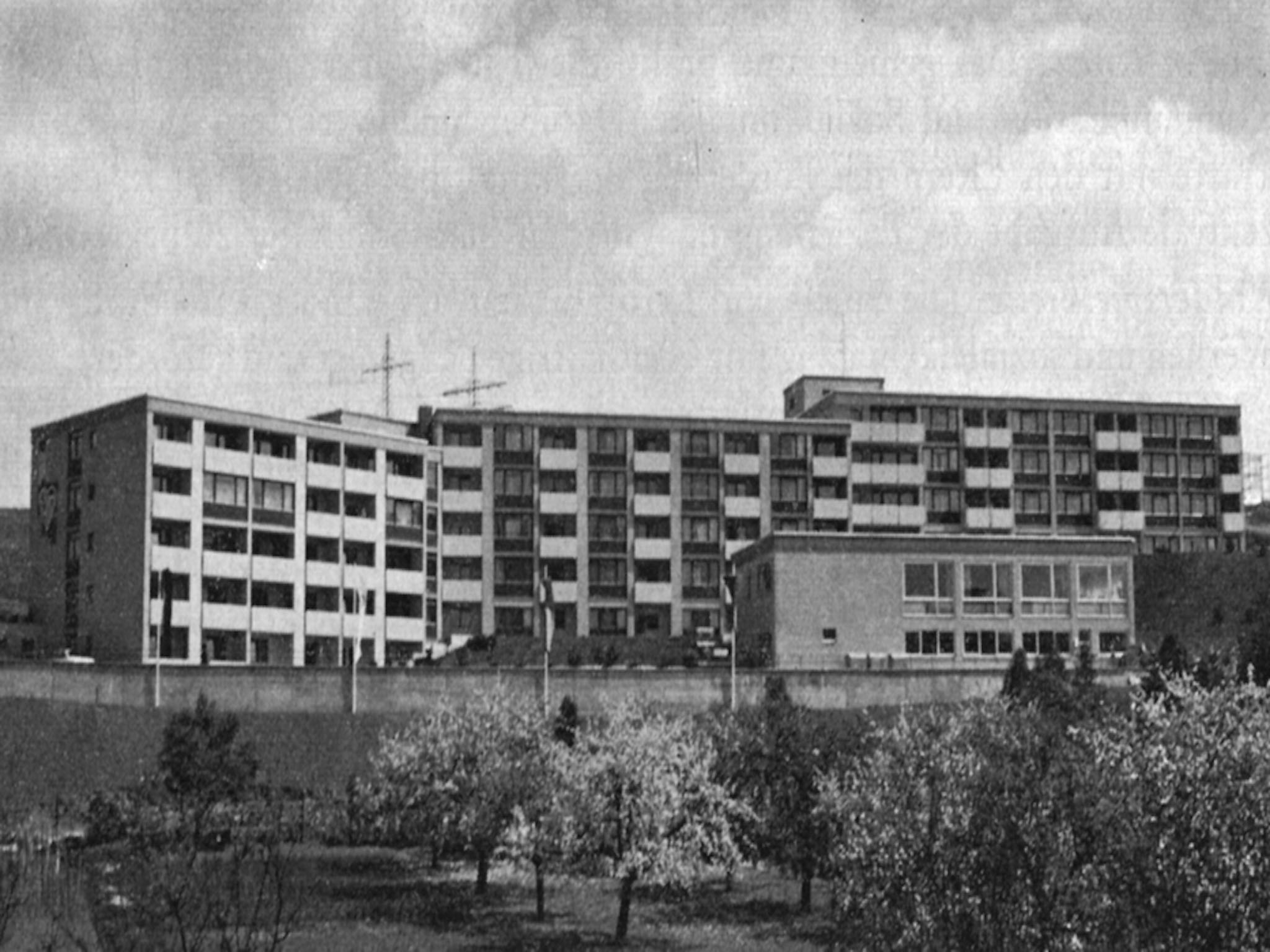 Das 1974 errichtete AWO-Seniorenheim Marie-Juchacz-Haus, heute Hans-Sponsel-Haus in der Lindleinsmühle. Foto: Archiv AWO Unterfranken