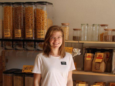 Franziska Thomas in ihrem Hofladen. Foto: Franziska Thomas.
