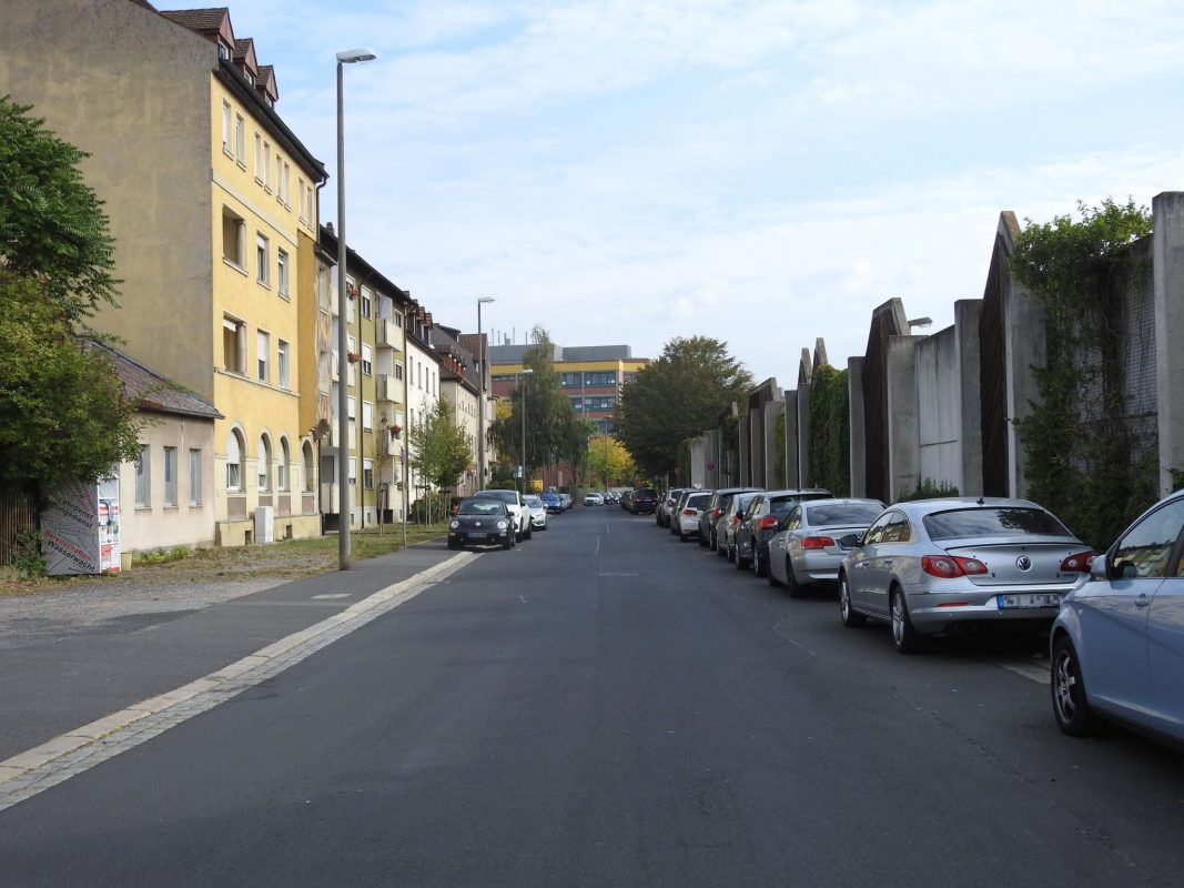 Die Gustav-Heusinger-Straße in Schweinfurt. Foto: Dirk Flieger