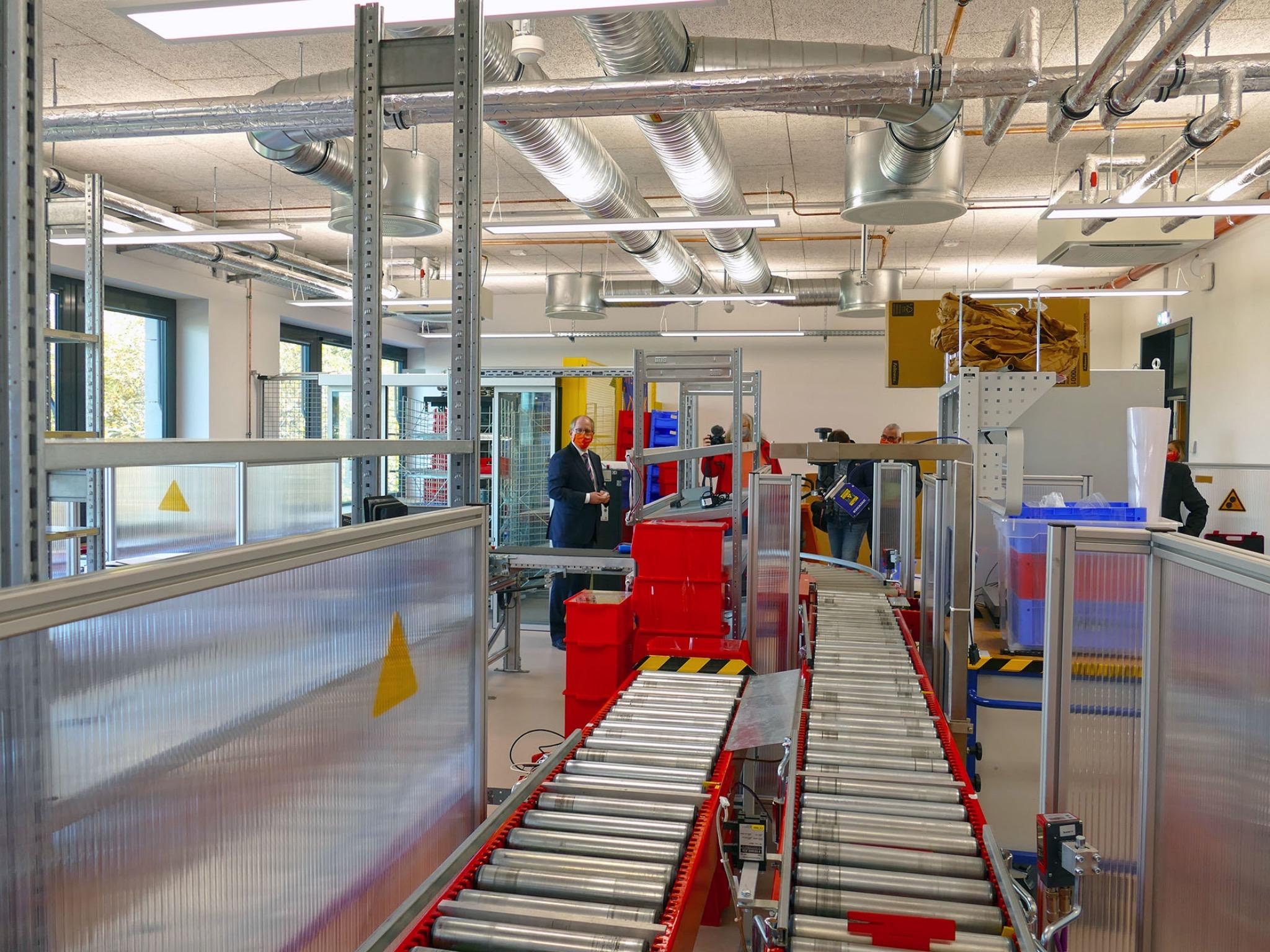 Das Logistik-Labor des FHWS-Neubaus in Schweinfurt. Foto: FHWS