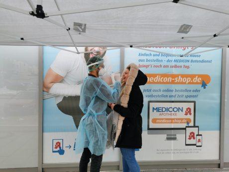 Die Medicon Apotheke bietet jetzt Corona-Antigen-Schnelltests an. Foto: Medicon Apotheke