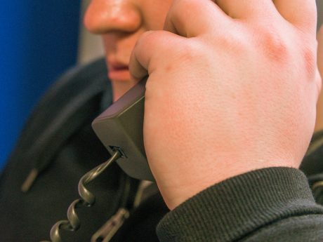 Telefonieren. Symbolfoto: Pascal Höfig