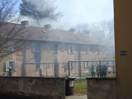 Wohnhausbrand Am Herroth in Schweinfurt. Foto: Dirk Flieger