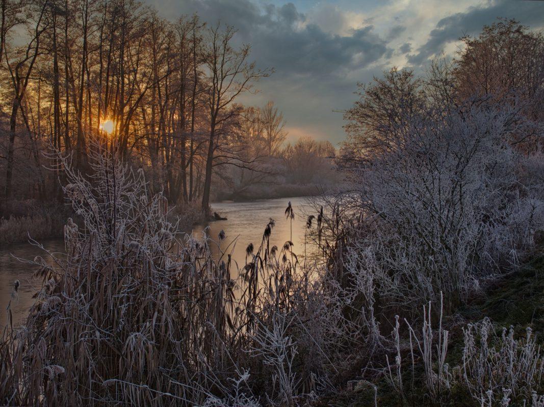 """Das Gewinnerfoto aus der Kategorie 1 (""""Mein Landkreis Schweinfurt"""") stammt von Thomas Piller und trägt den Titel """"Frostiger Neujahrstag"""". Foto: Thomas Piller"""
