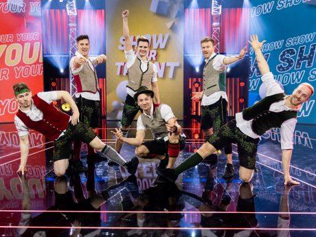 """Die DDC Breakdancer bei """"SHOW YOUR TALENT"""". Foto: PULS 4/ Jörg Klickermann"""