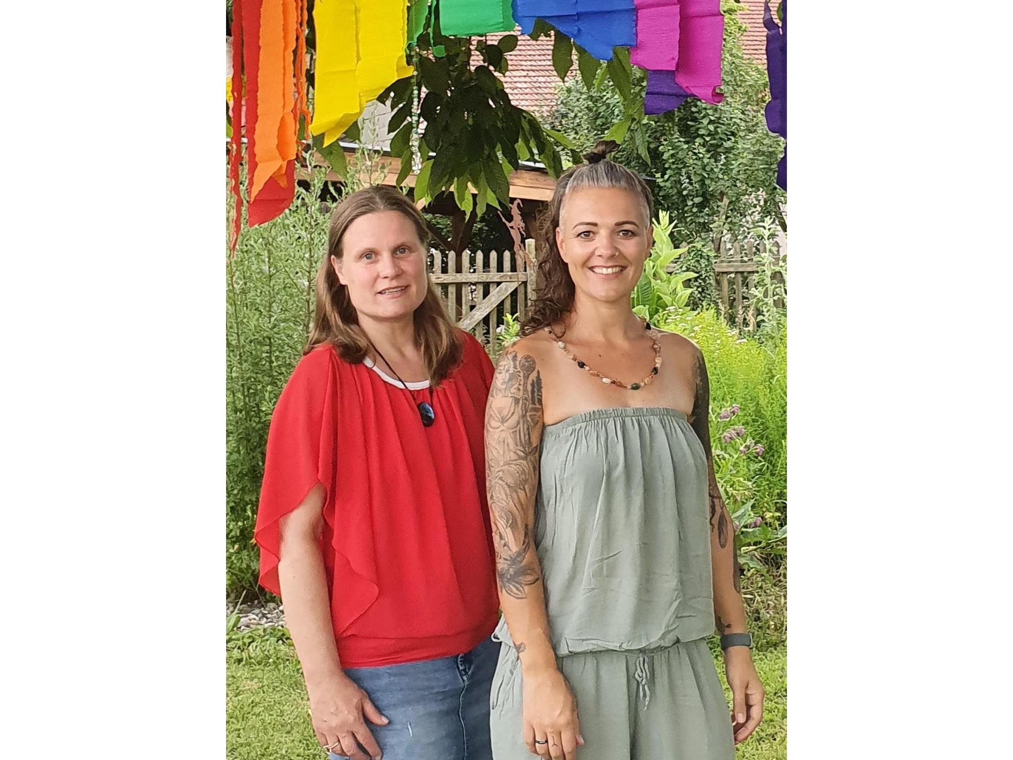 Die Gründerinnen der Trauergruppe: Sabine Friedrich (links) und Melanie Pfister-Schott. Foto: Melanie Pfister-Schott