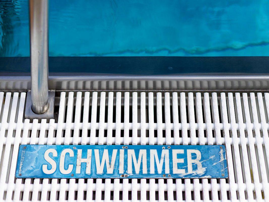 Bist Du bereits Schwimmer? Foto: Stadtwerke Schweinfurt / Wasserwacht Bayern