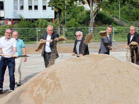 Spatenstich für ein neues Wohnheim der Lebenshilfe in Schweinfurt. Foto: Reto Glemser